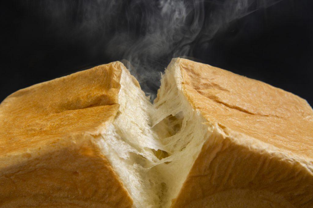 マスカルポーネ入り生地がトーストにぴったり! 高級食パン専門店がオープンの画像