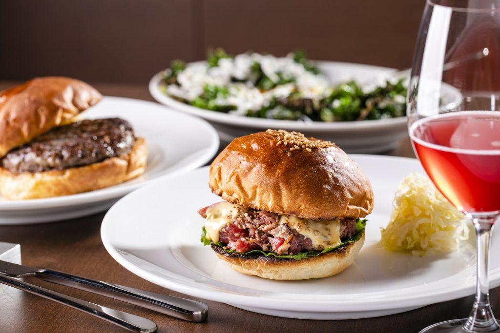 「〆のバーガー」「バーガーとワイン」。ハンバーガーの楽しみ方を変える店の画像