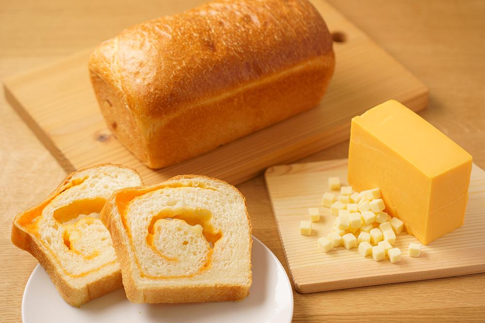 """""""チーズ好きのための食パン""""が誕生! チーズ食パン専門店がオープンの画像"""