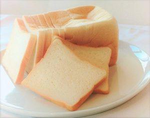 蒸気でふわっと食感に! 高級絹生食パン専門店がオープンの画像