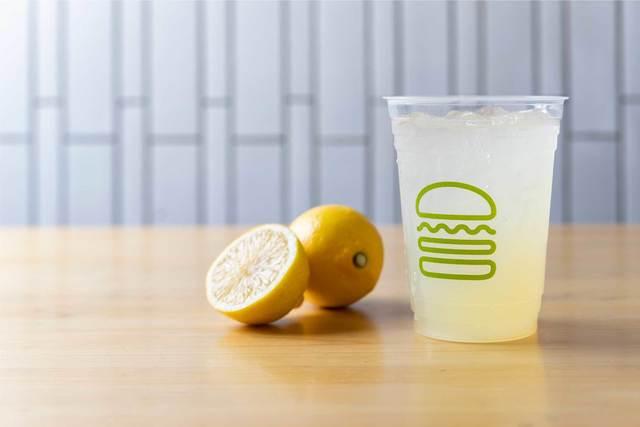 「Fresh Lemonade(オリジナルレモネード)」