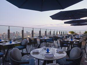 テラス席が気持ちいい! ホテルレストランで楽しむ贅沢な夏の画像