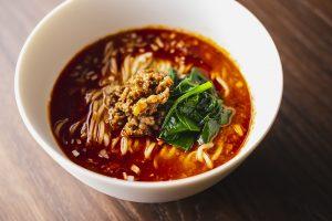 夏こそ食べどき! 辛さがクセになる絶品「担々麺」5選の画像