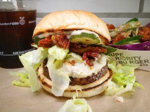 最先端のハンバーガーを原宿で。肉不使用、だからこその旨みにかぶりつけ!の画像