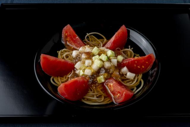 「トマトと野菜のジュレの冷やかけそば」1,900円