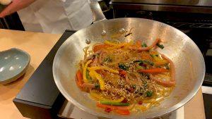 """""""焼き肉のたれ""""で作るのに本格派! シェフ直伝「チャプチェ」の簡単レシピの画像"""