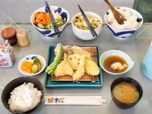 コスパ抜群! 独自のスタイルで定着した「博多天ぷら」の魅力の画像