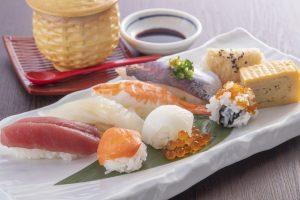 福岡の回転寿司がレベチなワケ。評論家おすすめの福岡市内5軒の画像