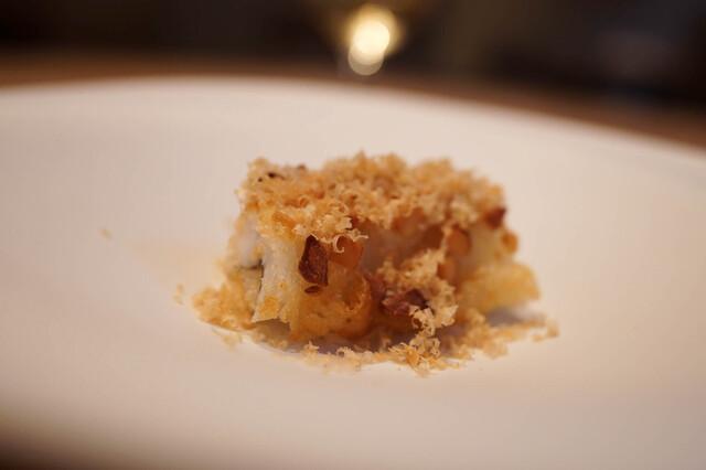 食通が魅せられた「今月の一皿」。魚を愛するシェフのベニエの画像