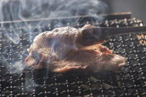 9月から希少黒豚のスペシャルコースが登場! ホルモン焼きからもつ煮込みまで、極上の味を噛み締めての画像