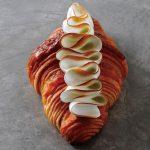 ピンクが映えるアフタヌーンティーに、秋の味覚が楽しめる新作パンも! 最新スイーツ3選