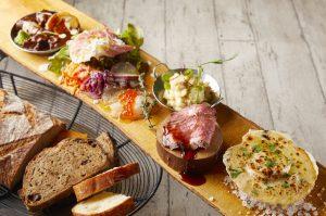 高級食パン食べ放題付きのランチに、世界三大きのこが堪能できるヴィーガンランチも! 最新グルメ3選の画像
